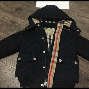 Unisex navy Burberry coat